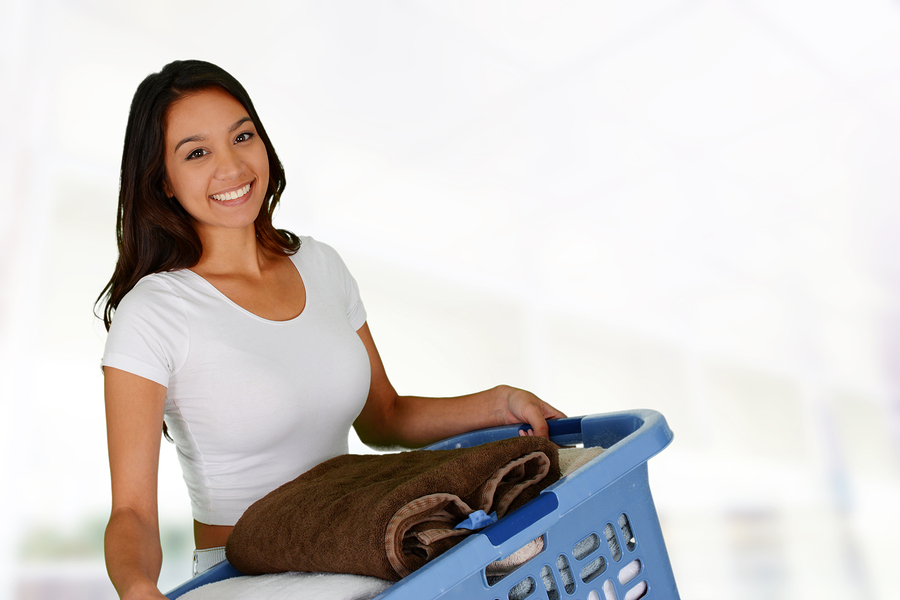 Woman who is doing laundry